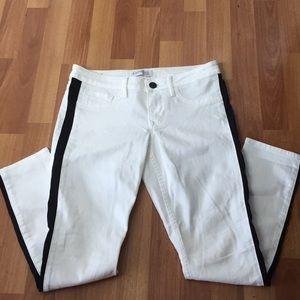 Express White /Black Regular Fit Low Rise Pants 6